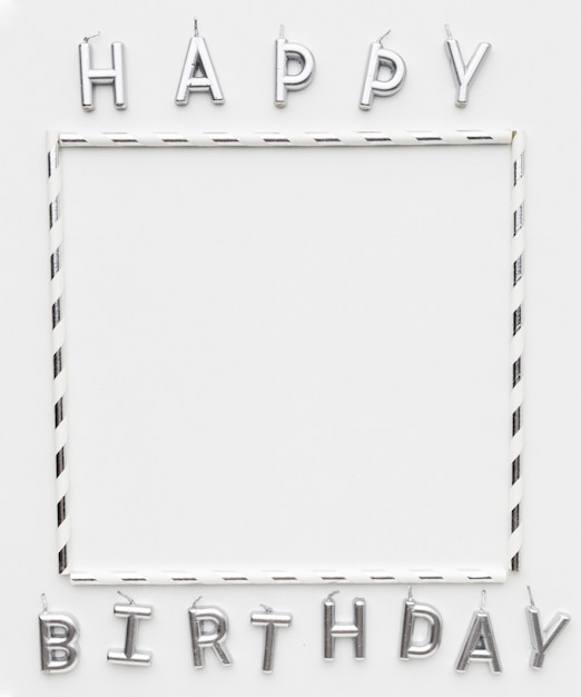 Frame en gelukkige verjaardag bericht Gratis Foto