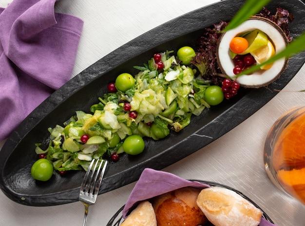 Fruitsalade met hebzucht en bes Gratis Foto