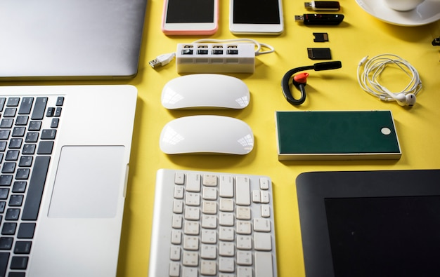 Gadget voor gadgets voor digitale apparatuur Premium Foto