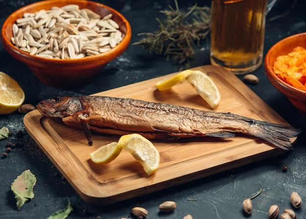 Gebakken vis met limoen Gratis Foto