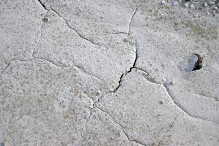 Gebarsten modder oppervlak, scheuren Gratis Foto