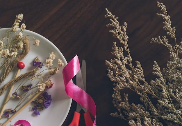 Gedroogde bloem voor handwerk Premium Foto