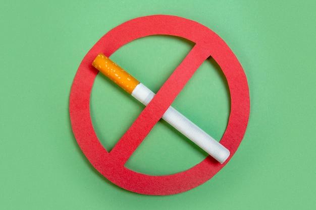 Geen sigaretten gezond leven. niet roken. Premium Foto