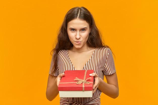 Gefeliciteerd met je verjaardag, feest, jubileum en vakantieconcept. Gratis Foto
