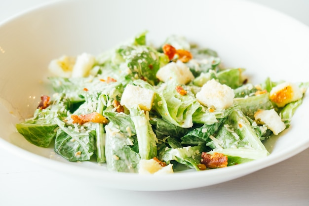 Gegrilde caesar salade Gratis Foto