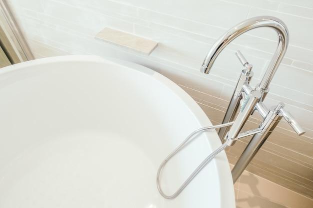 Gehandicapte moderne kraan interieur schoon foto gratis download