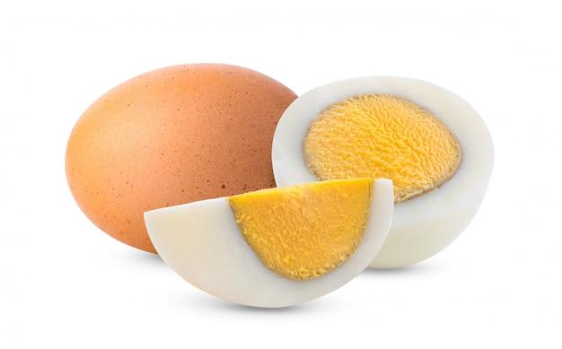Gekookt ei dat op wit wordt geïsoleerd Premium Foto
