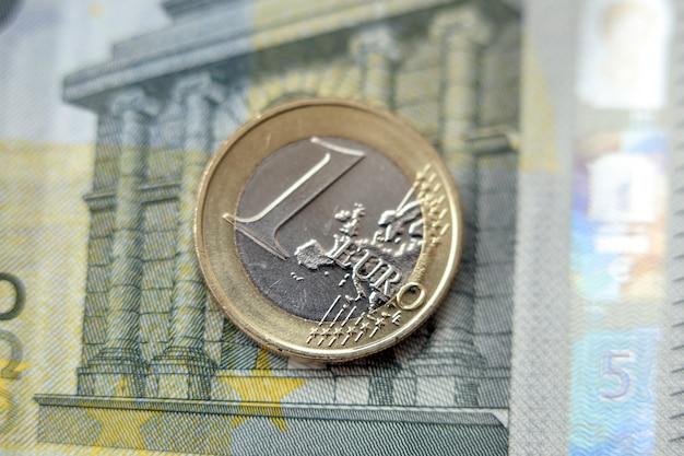 Geld, financiën. euromunt Gratis Foto