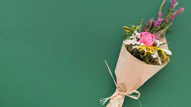 Gelukkig lerarendagboeket met bloemen Premium Foto