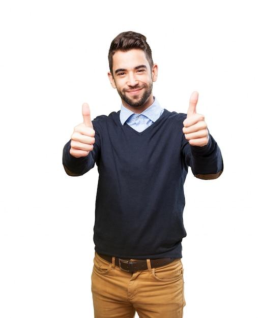 Gelukkig tiener met positieve gebaren Gratis Foto