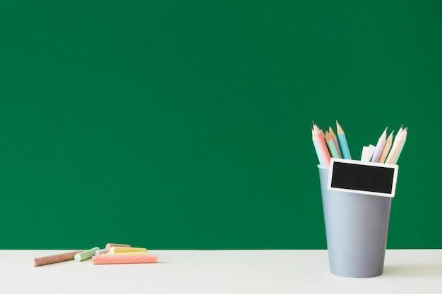 Gelukkige lerarendag en accessoires kopiëren ruimte Premium Foto