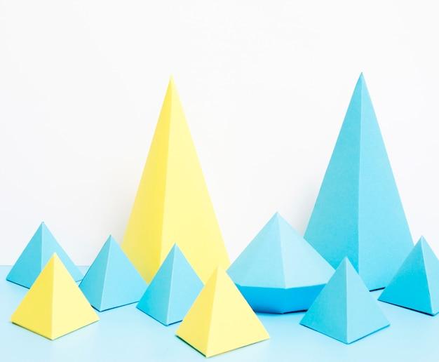 Geometrische vormen van papier Gratis Foto