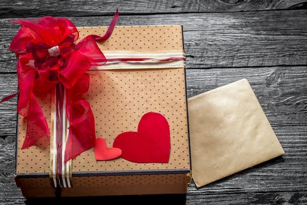 Geschenkdoos voor valentijn Gratis Foto