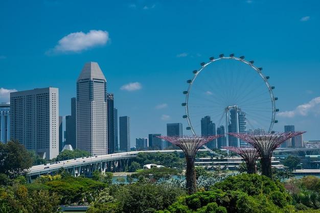Geweldig shot van de tuinen langs de baai in singapore Gratis Foto