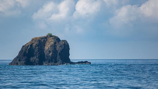 Geweldig uitzicht op de oceaan. bali. Gratis Foto