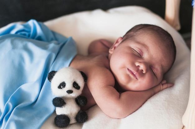 Geweldige baby in slaap Premium Foto