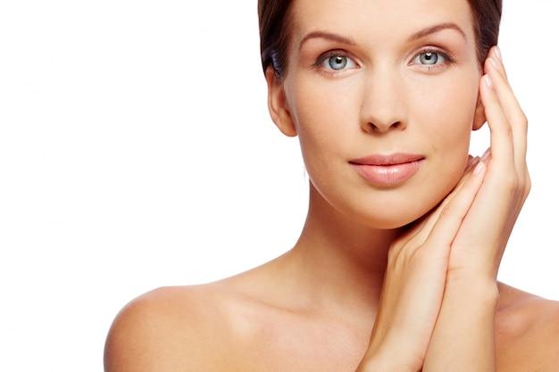 Gezicht visage schoonheid vrouwelijke schoonheidsspecialiste Premium Foto