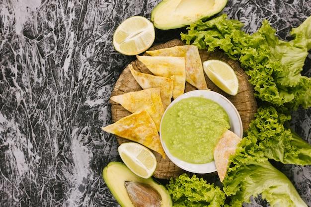 Gezond voedsel op marmeren achtergrond Gratis Foto