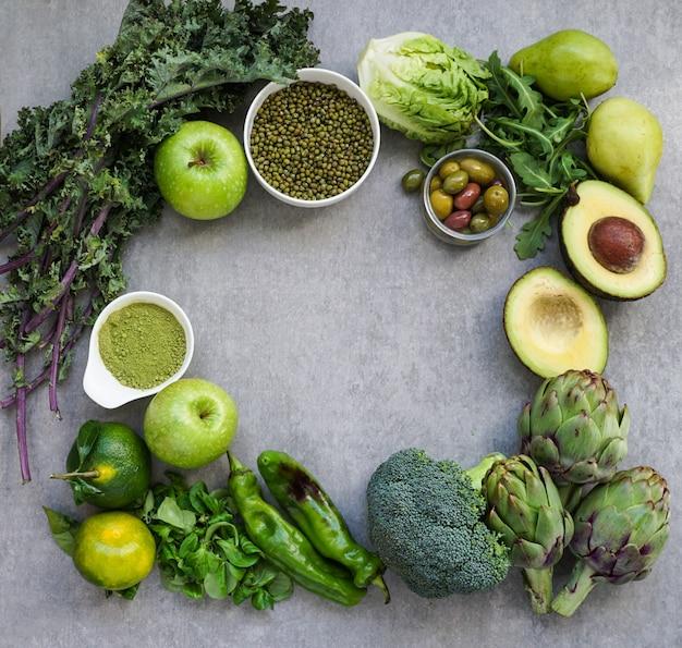 Gezonde groene voedselselectie voor vegetariërs Premium Foto