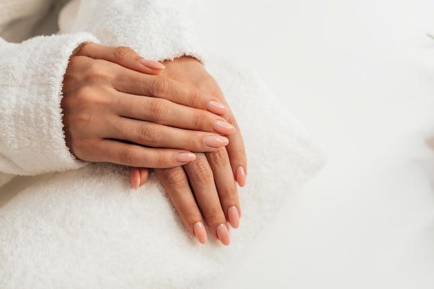 Gezonde mooie manicure plat leggen Gratis Foto