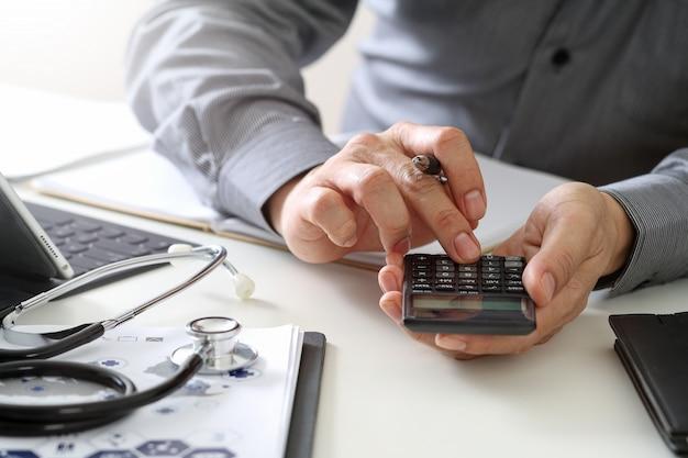 Gezondheidszorg kosten en vergoedingen concept Premium Foto