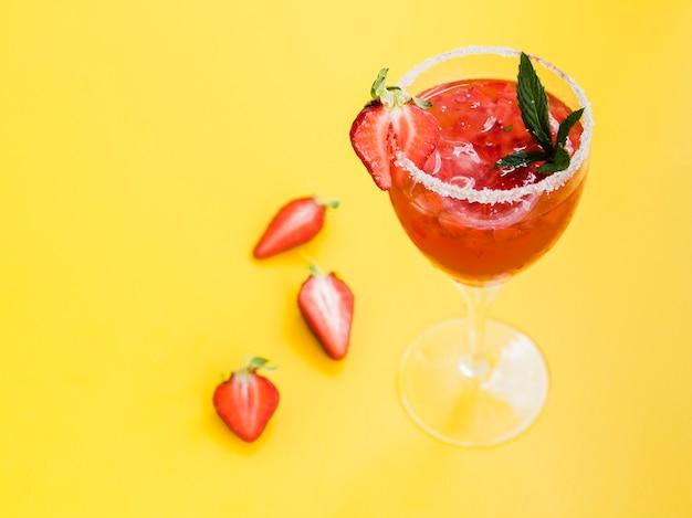 Glas drinken met aardbeien en zout Gratis Foto