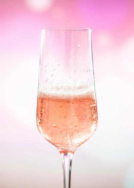 Glas rose mousserende wijn Gratis Foto