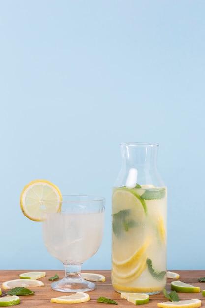Glazen met drankjes Gratis Foto