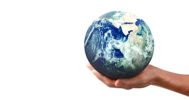 Globe, aarde in menselijke hand, die onze planeet gloeiend houdt. earth-afbeelding geleverd door nasa Premium Foto