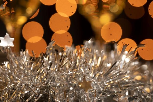 Gouden en zilveren decoratie op nieuwjaarsfeest Gratis Foto