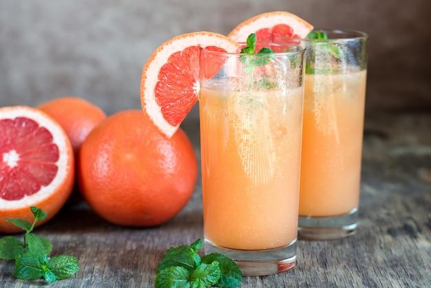 Grapefruit en tequila paloma cocktail Premium Foto