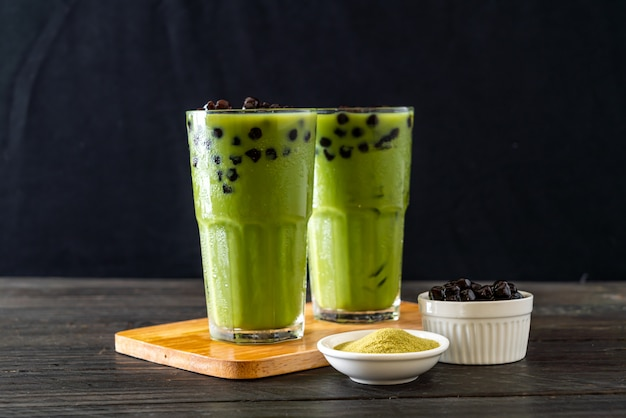 Groene thee latte met bubbel Premium Foto