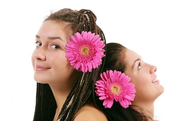Groep van twee jonge meiden Gratis Foto