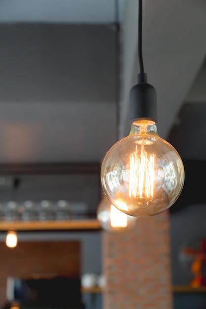 Geliefde Grote gloeilamp in een restaurant Foto   Gratis Download YI41