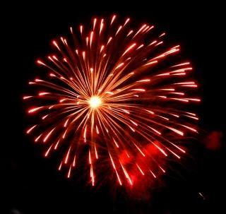 grote kleurrijke vuurwerk, feestdagen Gratis Foto