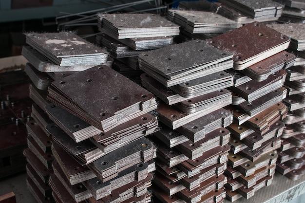 Halffabrikaten van metaal Premium Foto