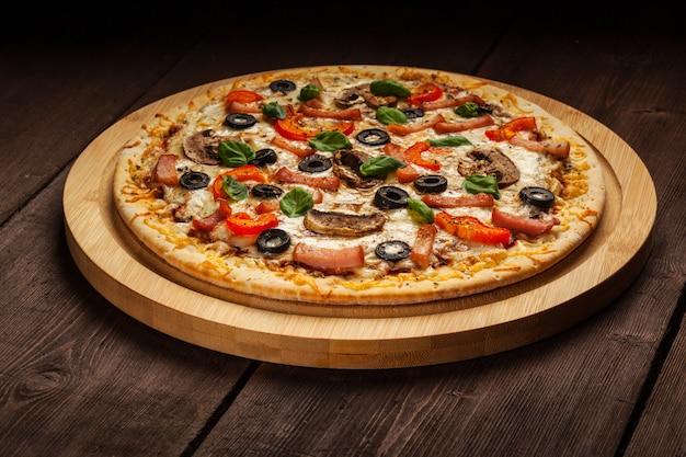 Ham pizza Premium Foto