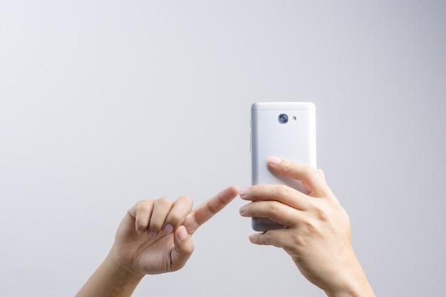 Hand nemen van een foto of video via de mobiele telefoon Premium Foto