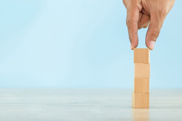 Afbeeldingsresultaat voor stapelen van blokken
