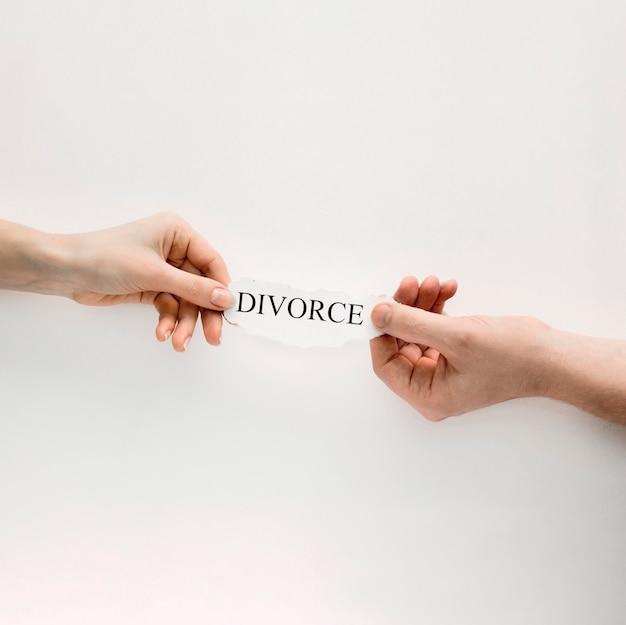 Handen met echtscheiding Gratis Foto