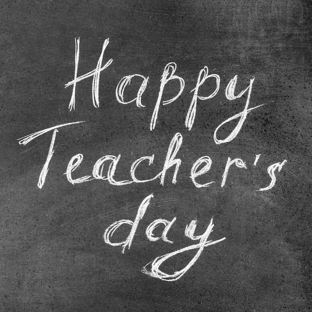 Happy teacher's day krijt belettering Gratis Foto