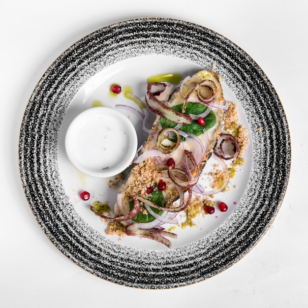 Heerlijk gekookte vis en zeevruchten Premium Foto
