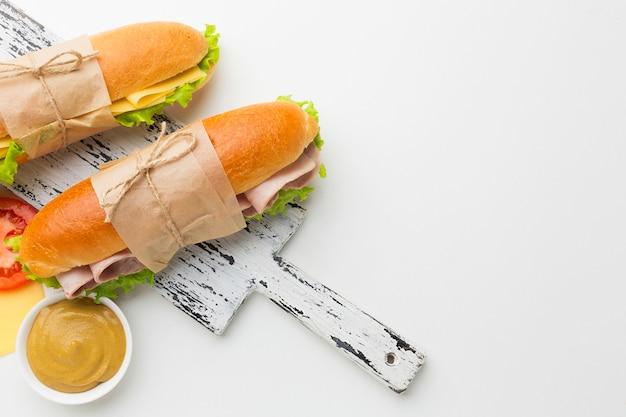 Heerlijke broodjes met kopie ruimte Gratis Foto