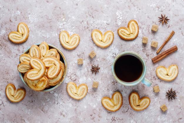 Heerlijke franse palmier koekjes met suiker Gratis Foto