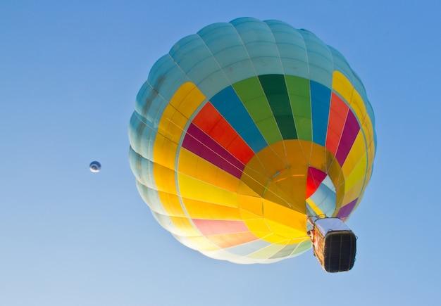 Heldere ballon kleur kleurrijk hitte Gratis Foto