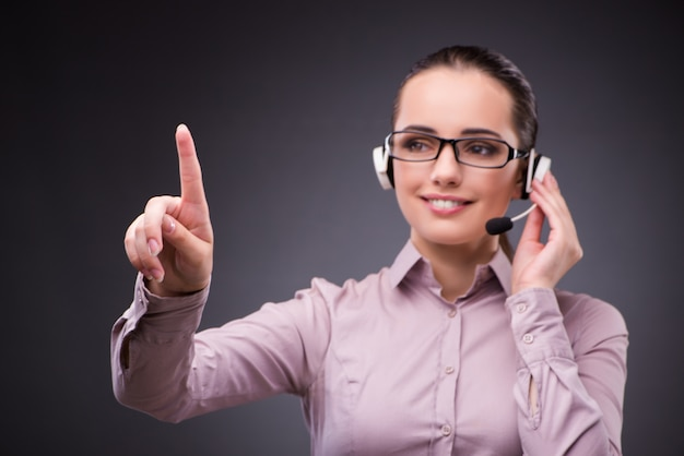 Helpdeskmedewerker in communicatieconcept Premium Foto