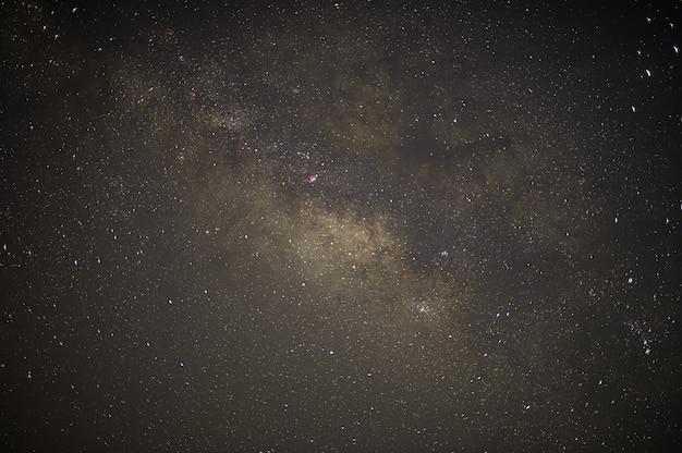 Hemelmuur en sterren bij nacht melkweg Premium Foto