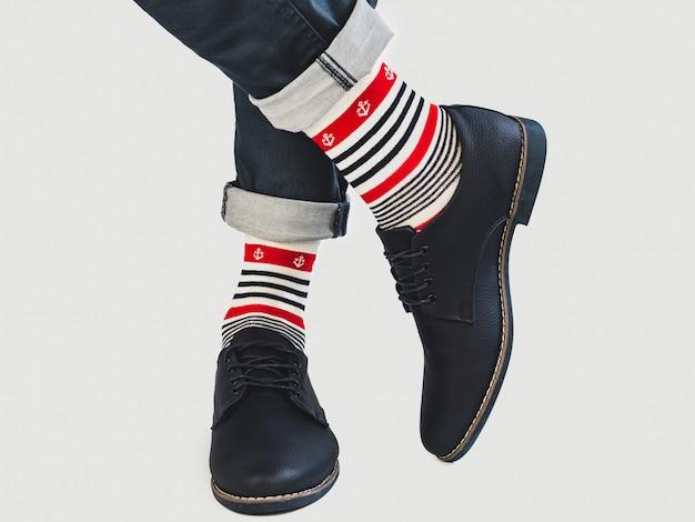 Herenpoten, lichte sokken met en schoenen Premium Foto