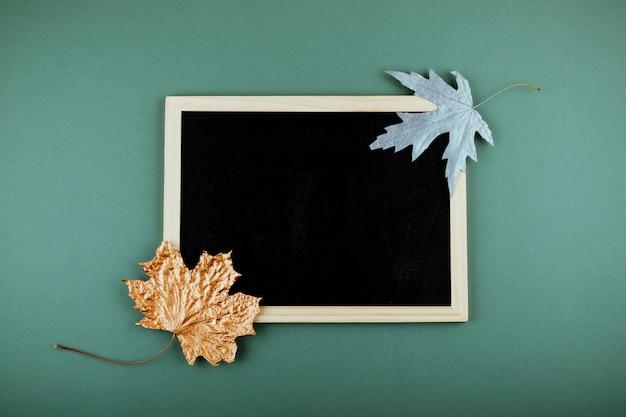 Herfst minimale platte lat, mockup, samenstelling Premium Foto
