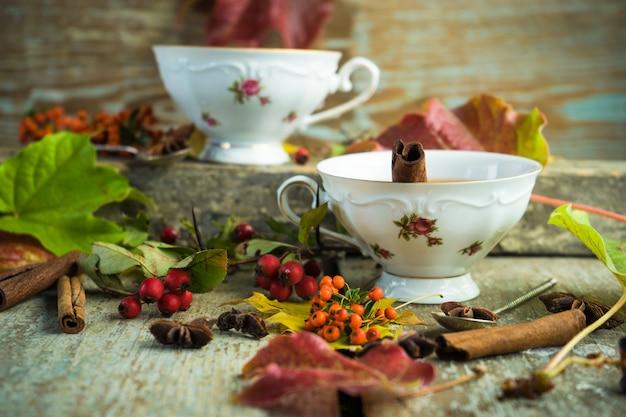 Herfst thee met citroen Premium Foto